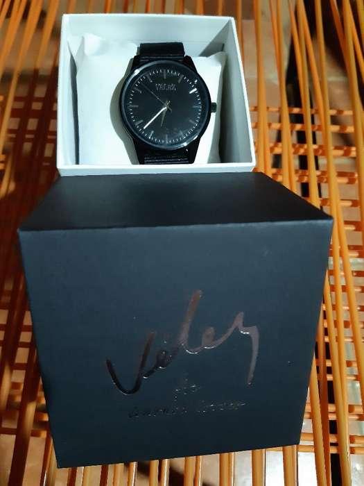 Se Vende Reloj Velez Nuevo Original