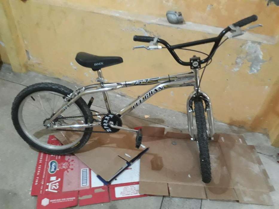 Se vende bicicleta como nueva