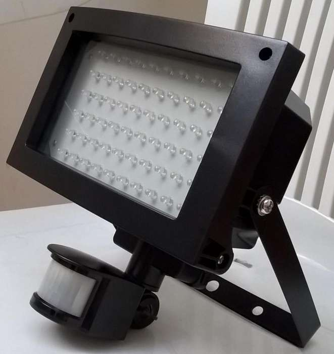 Reflector Led Con Sensor 5w Nuevo