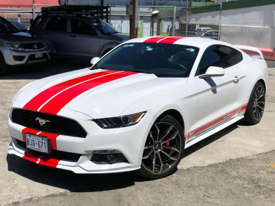Ford Mustang 2015 - 15000 km
