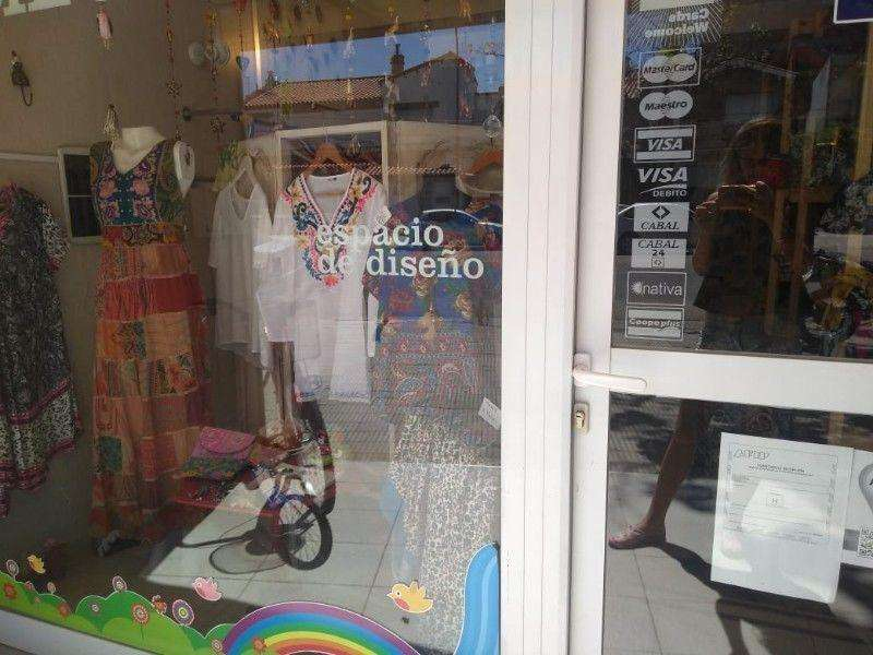 Venta fondo comercio - Indumentaria femenina - Bahia Blanca