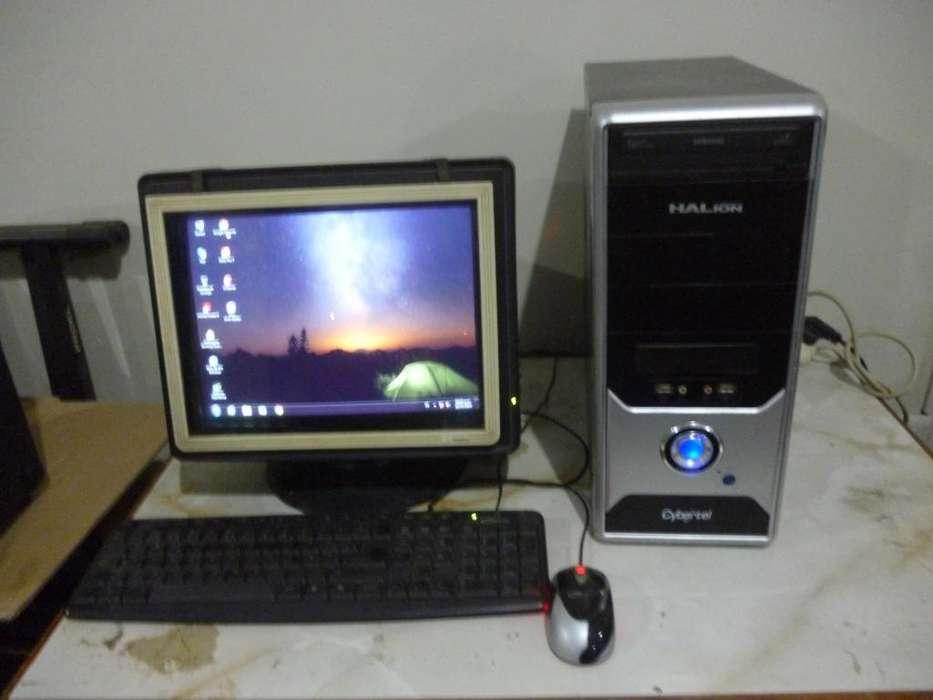 Remato Computadora Core Duo Intel Monitor CRT teclado y mouse