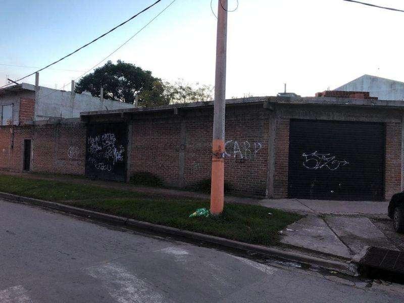 Local en Venta en Sourigues, Berazategui US 180000