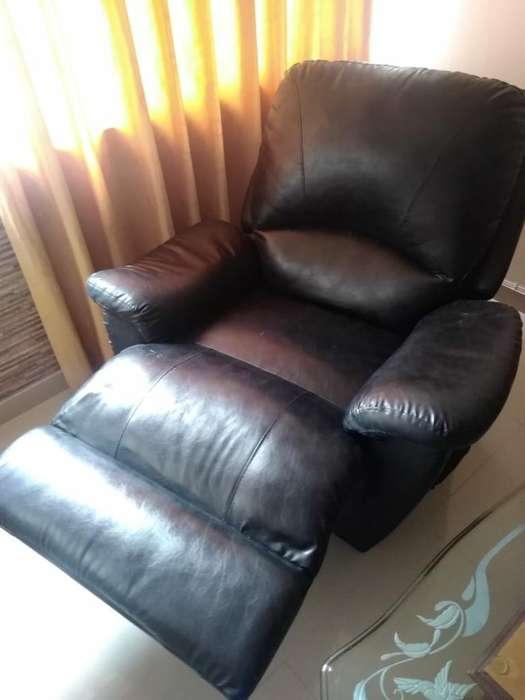 Vendo Sofa Reclinable