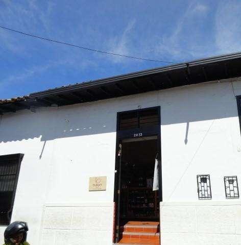 ARRIENDO Local Casco Antiguo Giron