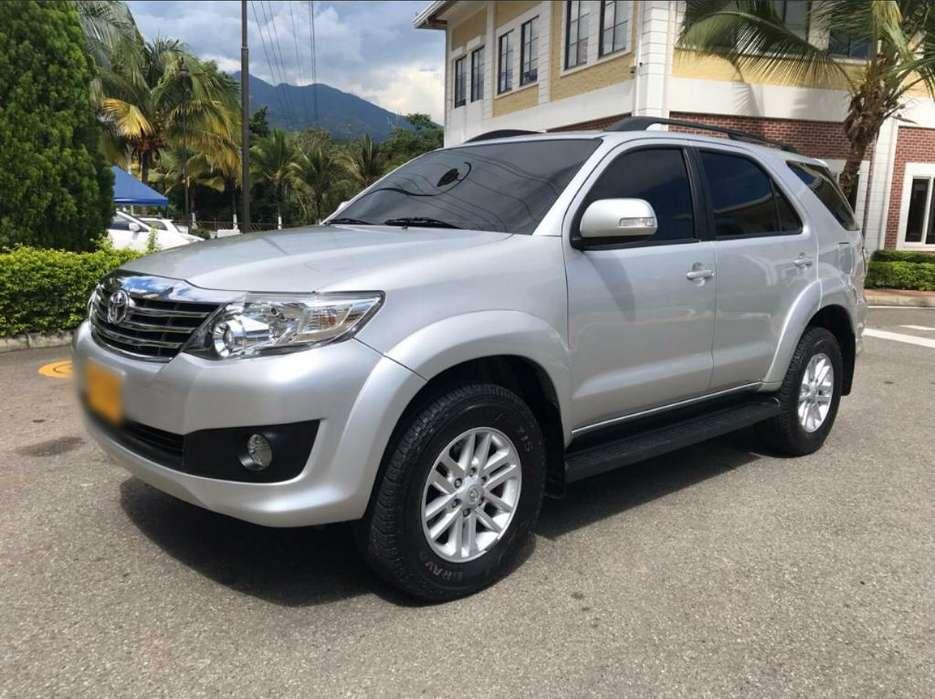 Toyota Fortuner 2015 - 51800 km