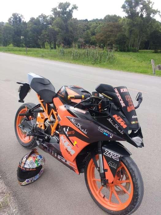KTM rc 200 10300 no Honda pulsar <strong>yamaha</strong>