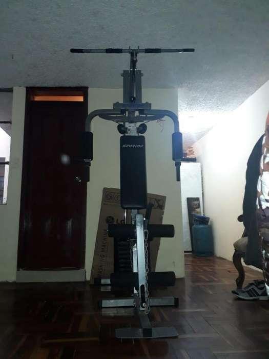 Mquina de ejercicios completa
