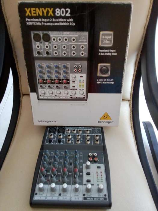 Consola XENYX 802