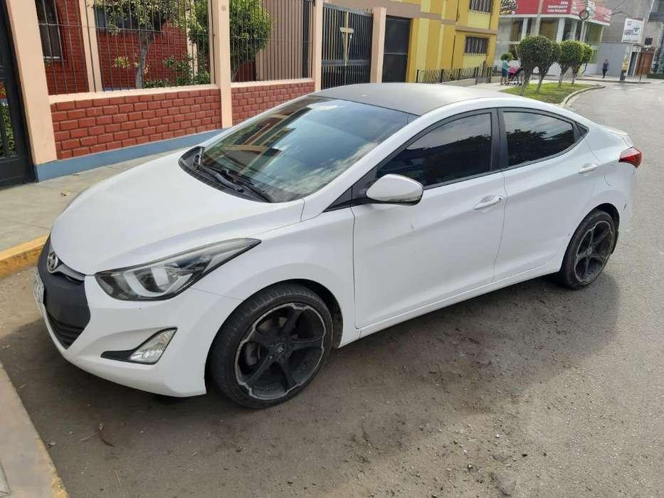 Hyundai Elantra 2014 - 78000 km