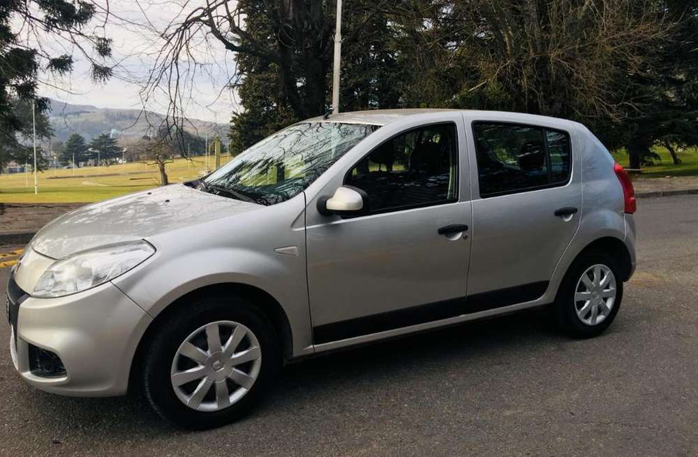 Renault Sandero 2013 - 65000 km