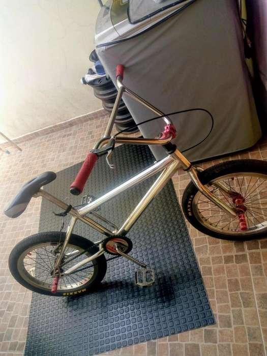 Se vende bicicleta. Jd redondo