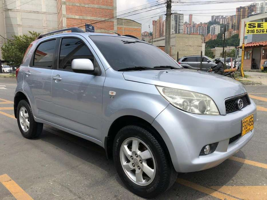 Daihatsu Terios 2008 - 100000 km