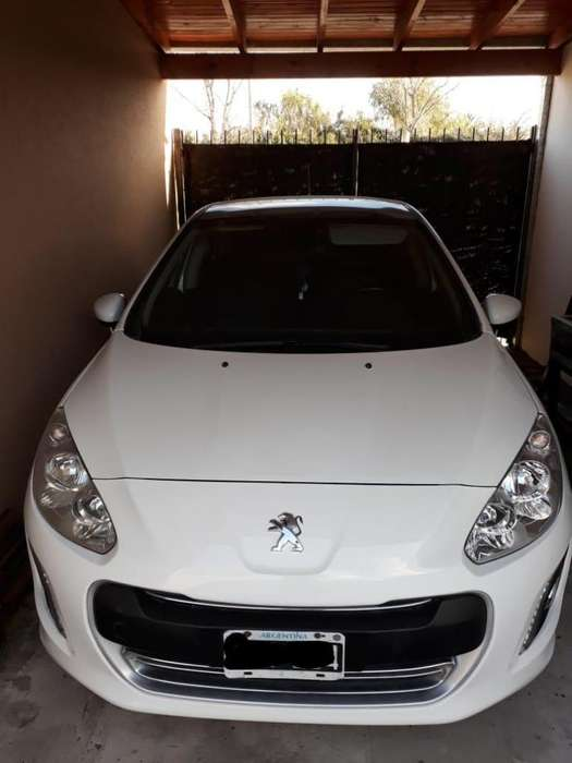 Peugeot 308 2013 - 57000 km