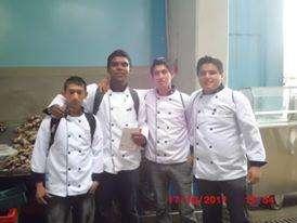 ayudante de cocina con experiencia telefono :993602760
