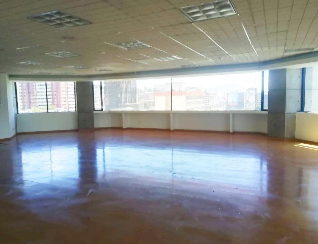 Iñaquito, oficina, 203 m2, alquiler, 1 ambiente, 2 baños, 5 parqueaderos
