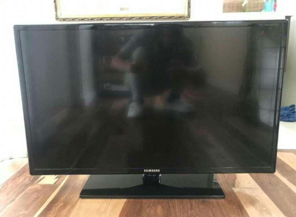 Tv Samsung de 32 Andando de Diez