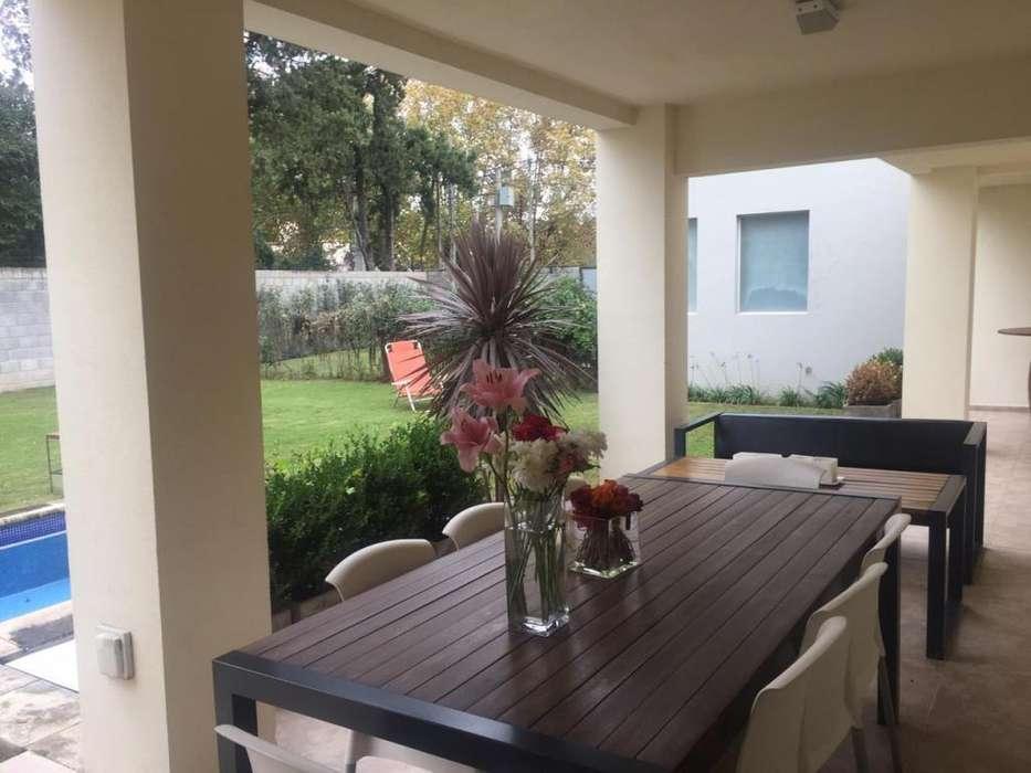 Casa en Venta - Housing - Villa Warcalde