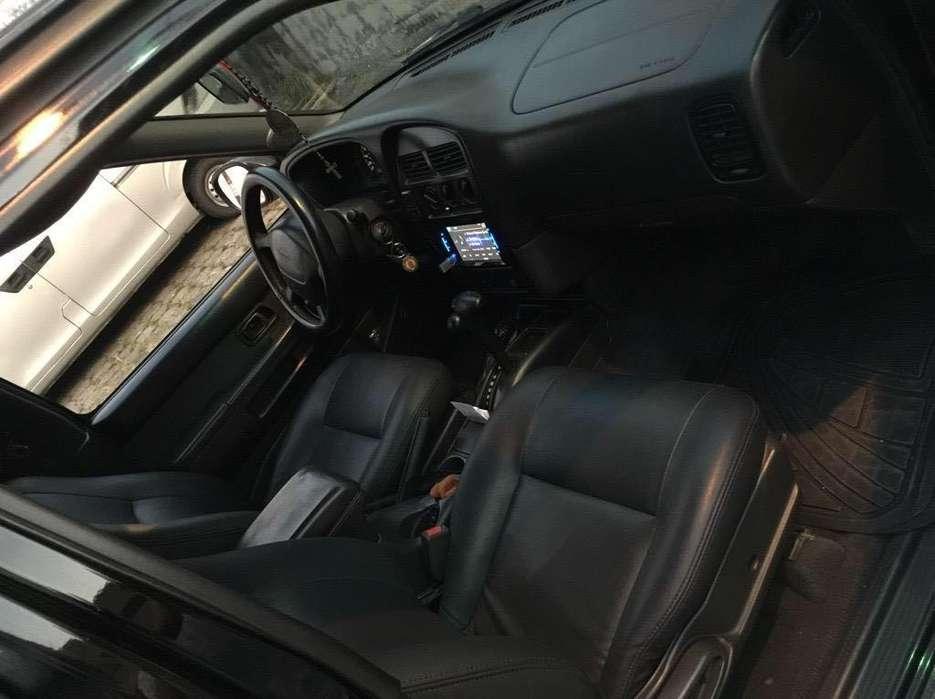 Nissan Pathfinder 1998 - 224000 km