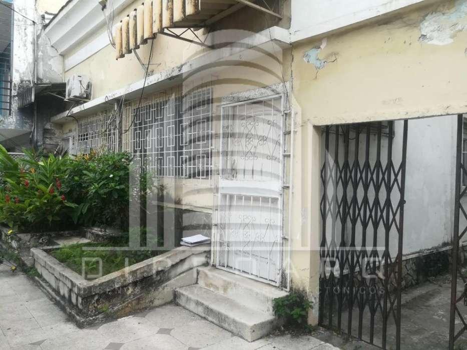 Vendo Casa Rentera Av. Quito Oportunidad
