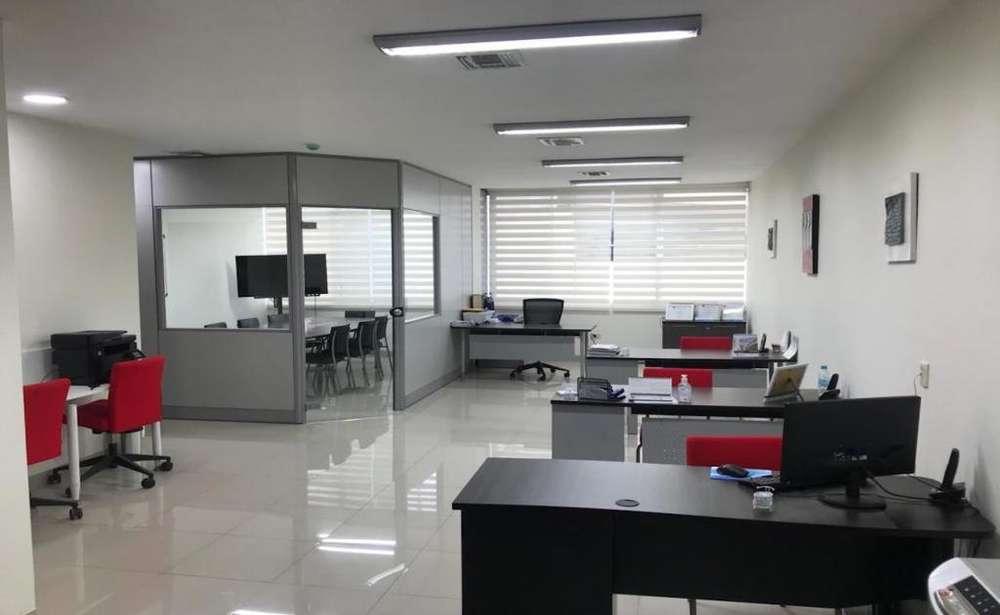 Guayaquil, oficina amoblada en venta, 2 ambientes, 66 m2
