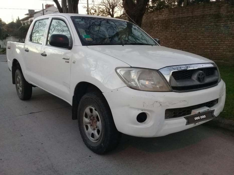 Toyota Hilux 2011 - 318000 km