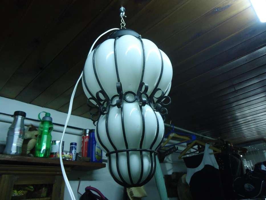 LAMPARA COLGANTE DE VIDRIO SOPLADO