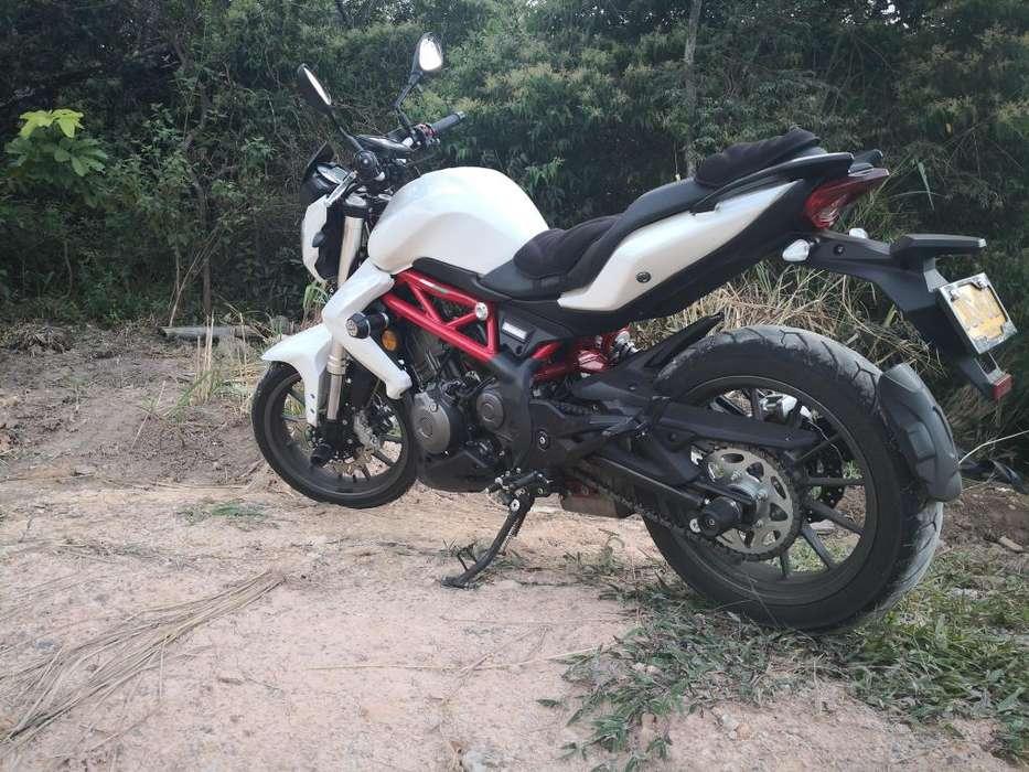 vendo hermosa moto BN 302