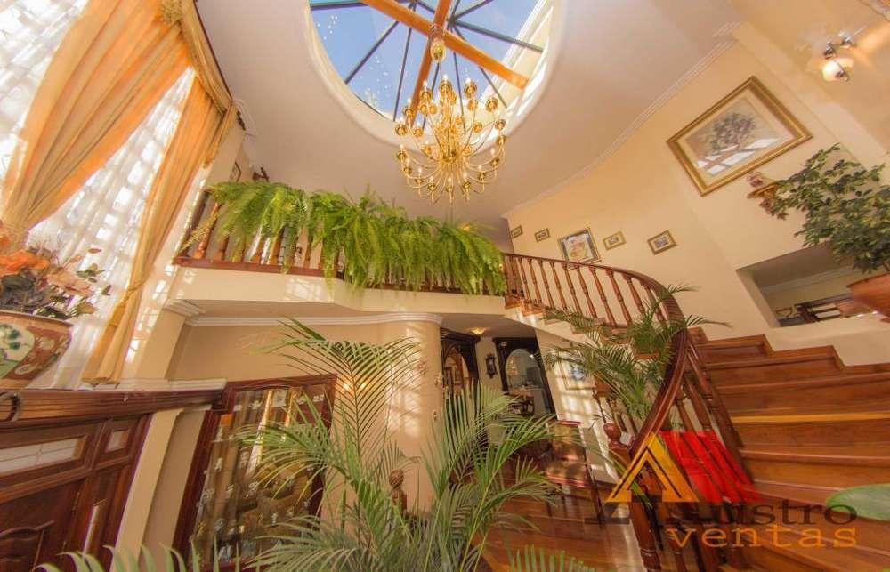 Bella casa en venta en el centro de cuenca ecuador
