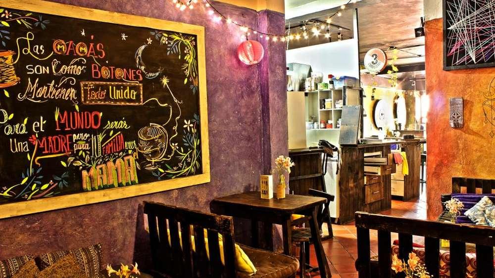RESTARUANTE - CAFÉ - BAR, Zona Turística