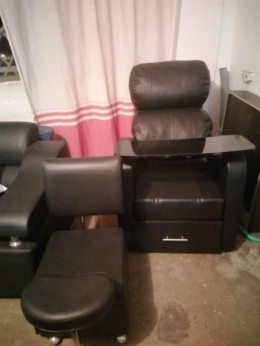 <strong>silla</strong> de Manicure con Auxiliar Nueva