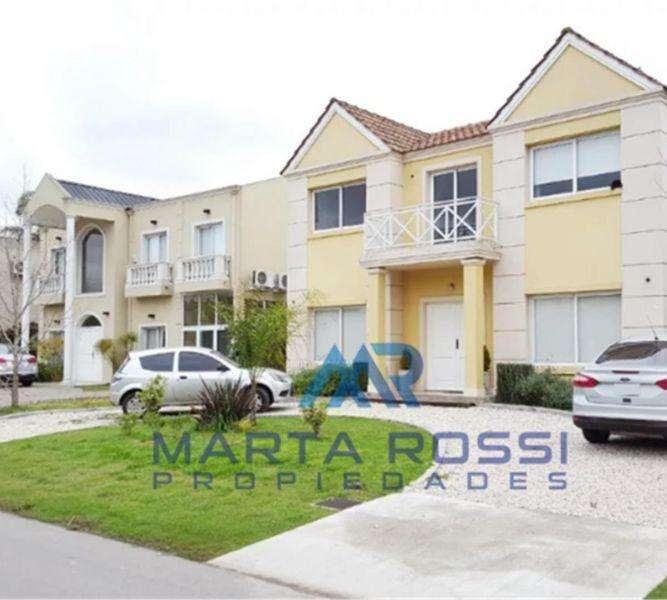 Casa en Venta, Altos del sol US 399000
