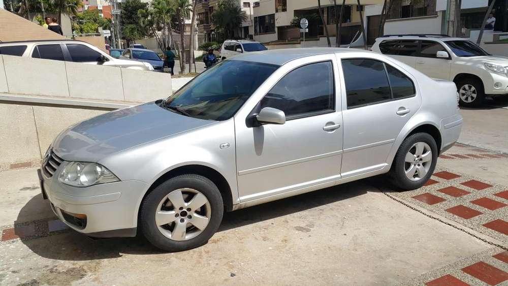 Volkswagen Jetta 2013 - 85000 km
