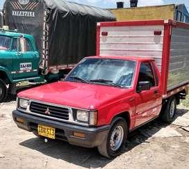 Camioneta furgón modelo 94 gas gasolina