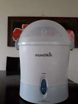 Esterilizador de teteros Munchkin