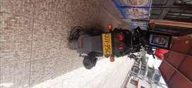Vendo moto BWIS 125 única dueña