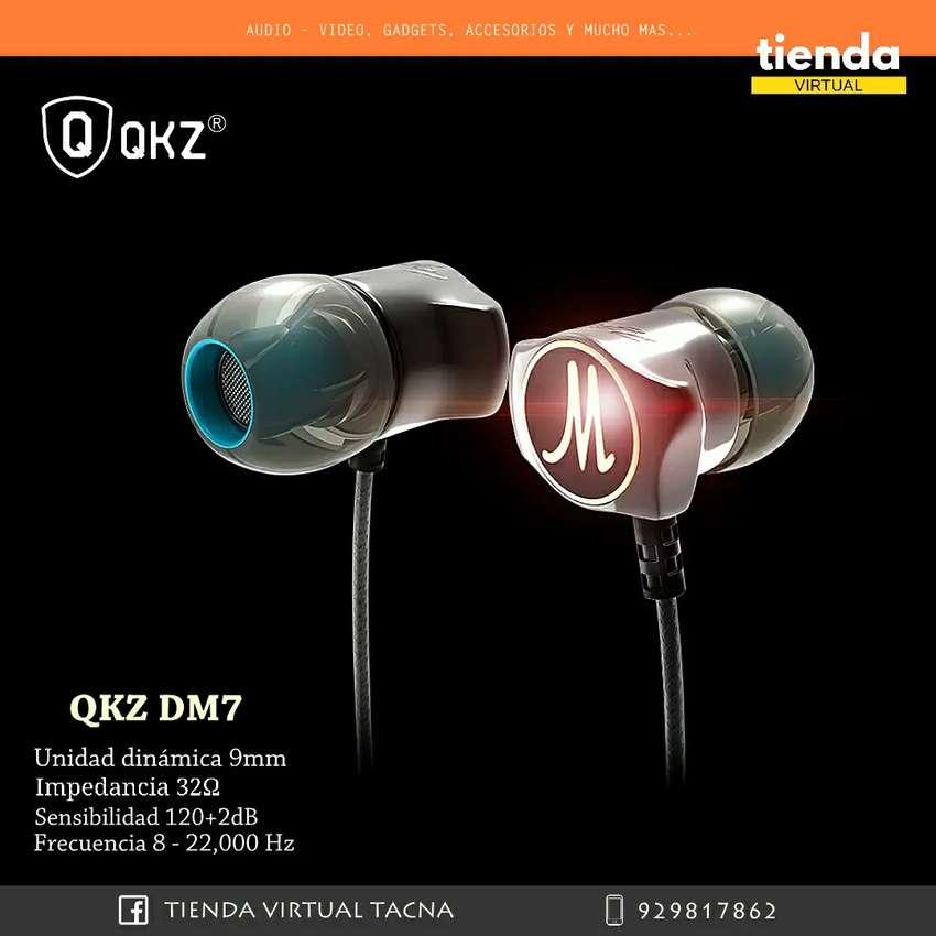 QKZ DM7 AUDIFONO