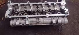 Vendo tapa cilindro Clio 1.5 diesel turbo