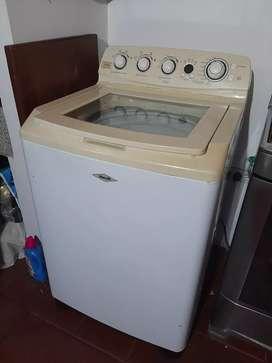 Lavadora automática de 14 kg