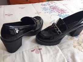 Zapatos traidos de españa sin uso con etiqueta