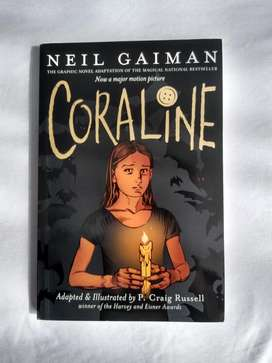 Coraline (Ingles) Novela gráfica Neil Gaiman Libro