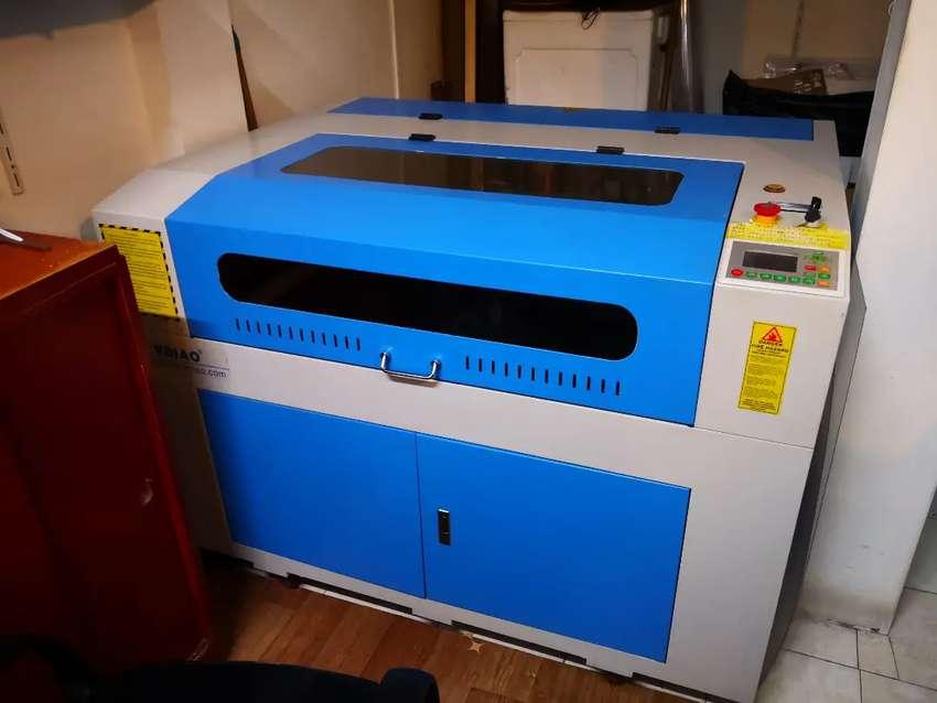 Maquina láser 90x60cm 80w poco uso 0