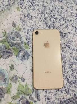 iPhone 8 de 64 GB color dorado, con cargador original negociable