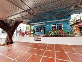 Excelente terraza amplia con cocina bodega para tu negocio, muy bien ubicado, 3 colegios a menos de 100 metros.