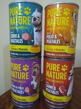 Comida húmeda para gatos y perros