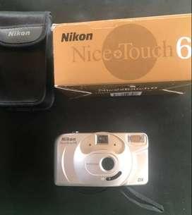 Cámara de fotos NIKON / Nice Touch 6