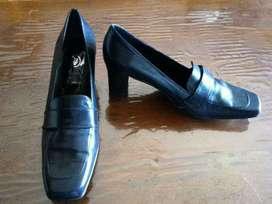 Zapatos Cuero Cabritilla 39 Estrenar