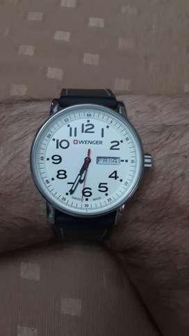 Reloj Wenger Attitude day date