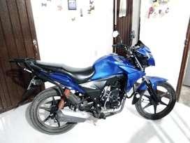Vendo moto modelo 2018