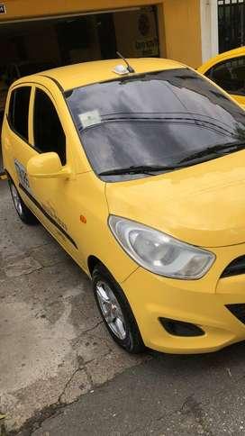 Hermoso TAXI Hyundai i10 2014 Aire Acondicionado Medellín Listo trabajar con cupo Financianción bancaria disponible